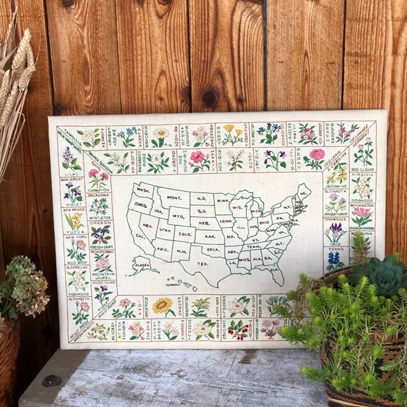 Vintage Embroidered US Map/ State Flower Art